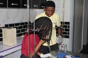 Square College IGCSE chemistry experiment